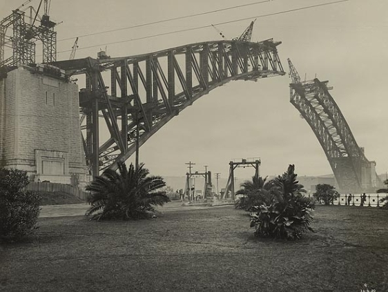 Sydney Harbour Bridge la 1930